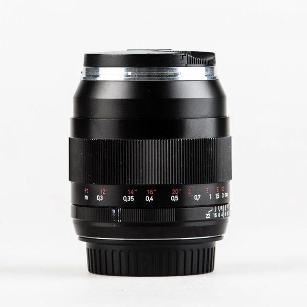 Zeiss-ZE-35mm-Canon-Mount-Lens_001
